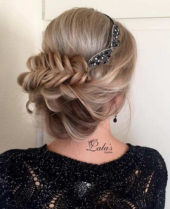 07-Gorgeous-Updos-Bridesmaids