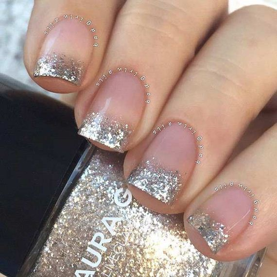 08-French-Tip-Nails