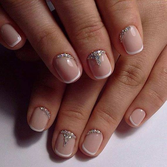 10-French-Tip-Nails