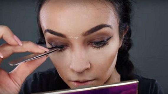 12-Inspired-Makeup