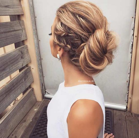 13-Gorgeous-Updos-Bridesmaids