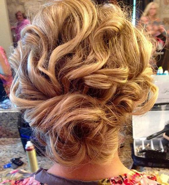 19-Gorgeous-Updos-Bridesmaids