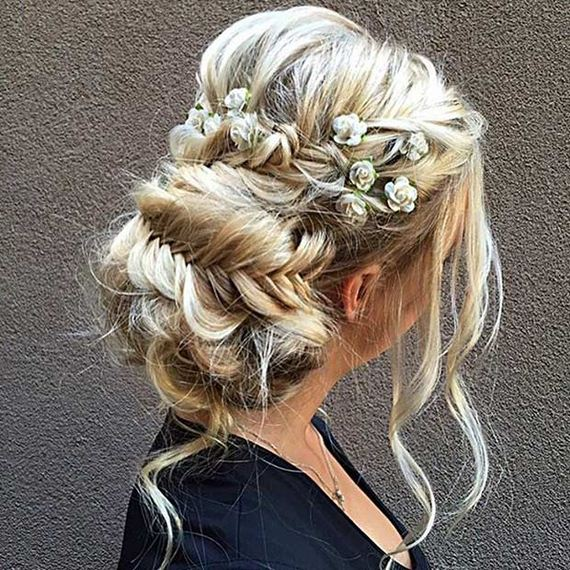 22-Gorgeous-Updos-Bridesmaids