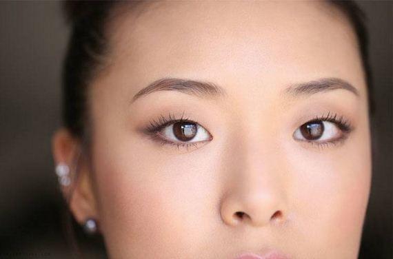 04-Monolid-Make-Up-Tricks