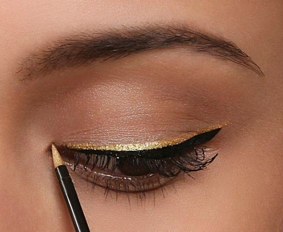 04-Unique-Eyeliner-Styles-Every-Occasion