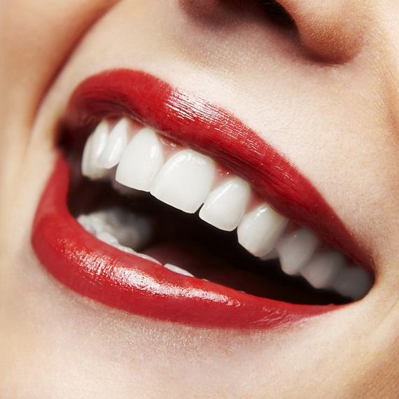 06-Lipstick-Makeup