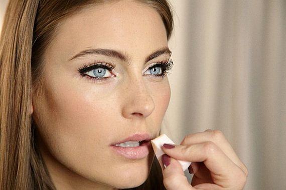 07-Lipstick-Makeup