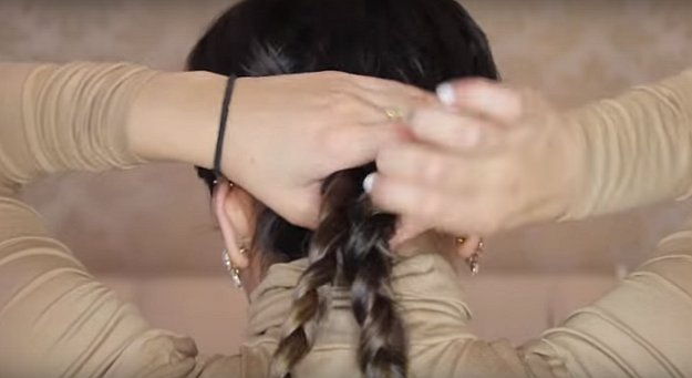 09-Braided-Updos