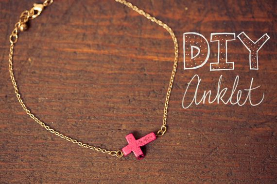 04-Adorable-DIY-Anklets