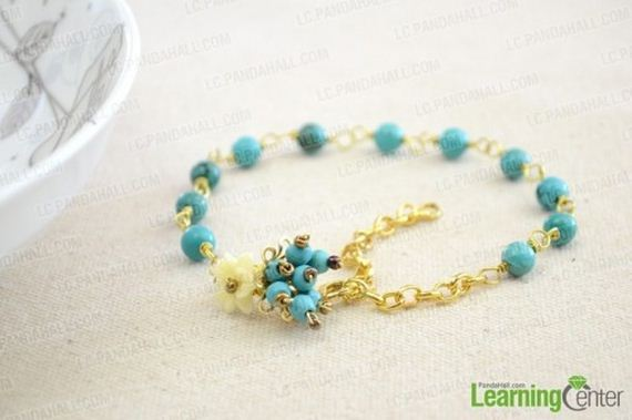 13-Adorable-DIY-Anklets