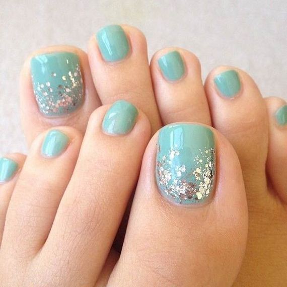 06-mermaid-toe-nail-designs