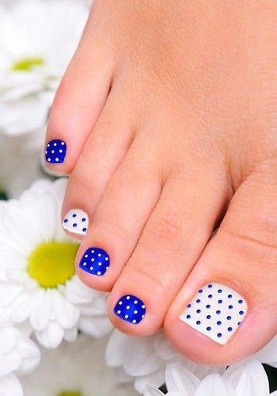 07-mermaid-toe-nail-designs