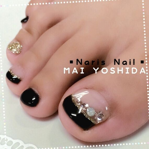 08-mermaid-toe-nail-designs
