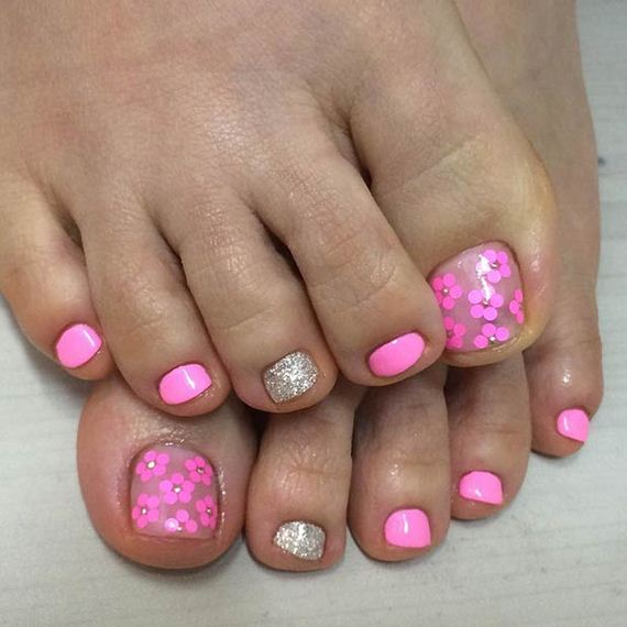 09-Toe-Nail-Designs-That-Scream-Summer