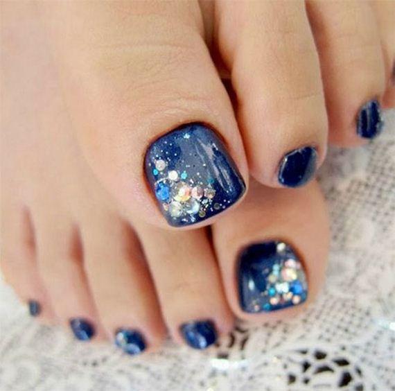 09-mermaid-toe-nail-designs