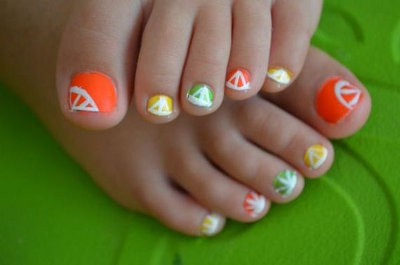 10-mermaid-toe-nail-designs