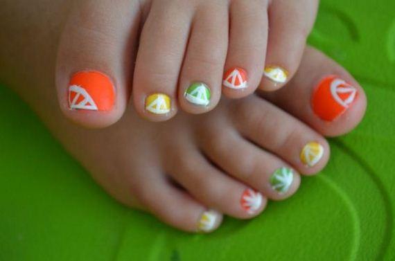 10-mermaid-toe-nail-designs