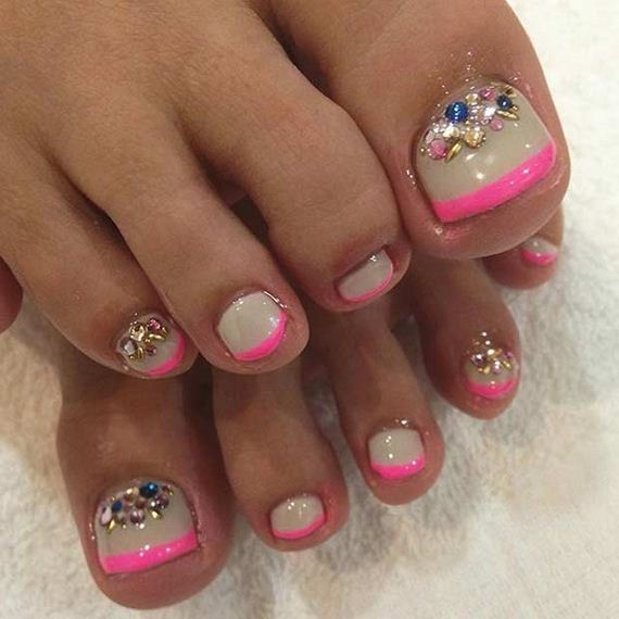 14-Toe-Nail-Designs-That-Scream-Summer