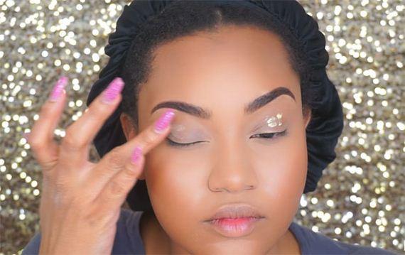 15-purple-lips-makeup-tutorial-feature-OPT