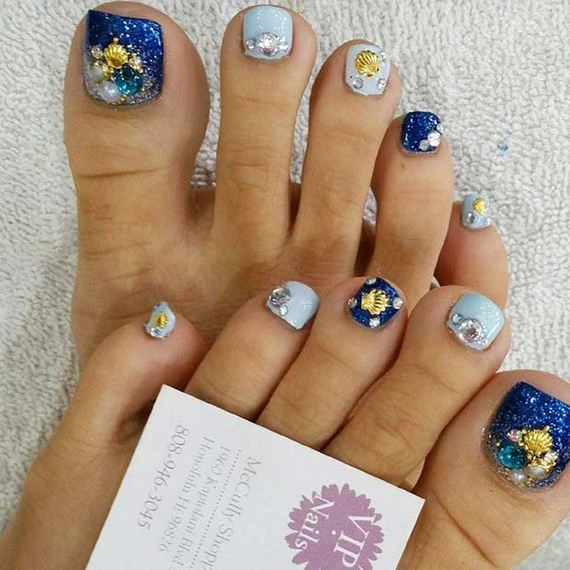 17-Toe-Nail-Designs-That-Scream-Summer