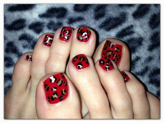 17-mermaid-toe-nail-designs