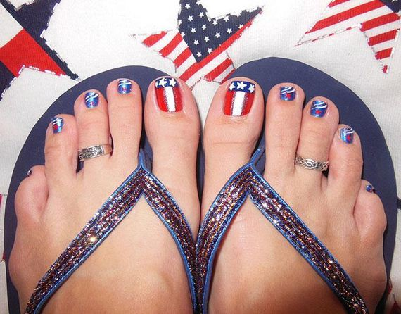 18-mermaid-toe-nail-designs