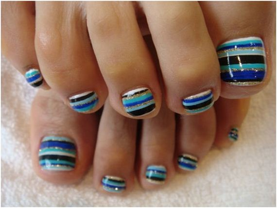 21-mermaid-toe-nail-designs