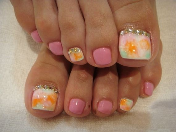 33-mermaid-toe-nail-designs