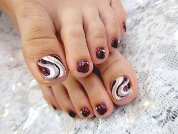 34-mermaid-toe-nail-designs