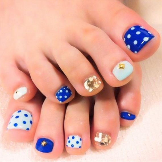 38-mermaid-toe-nail-designs