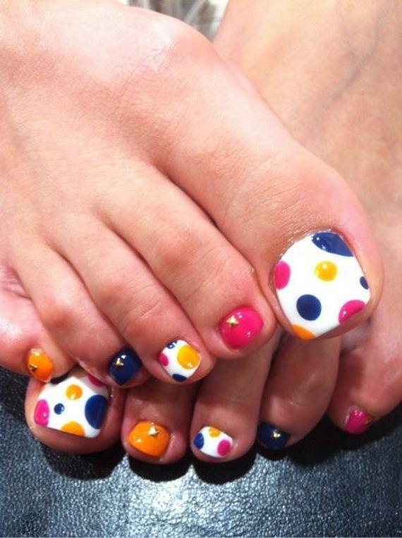 39-mermaid-toe-nail-designs