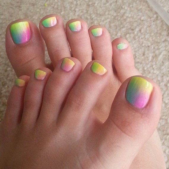 41-mermaid-toe-nail-designs