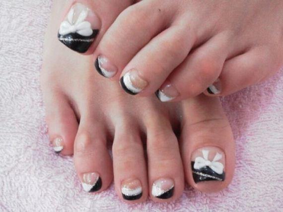 44-mermaid-toe-nail-designs
