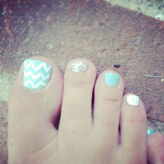 45-mermaid-toe-nail-designs