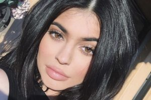 Kylie-Jenner-Instagram-Worthy-Makeup-Look