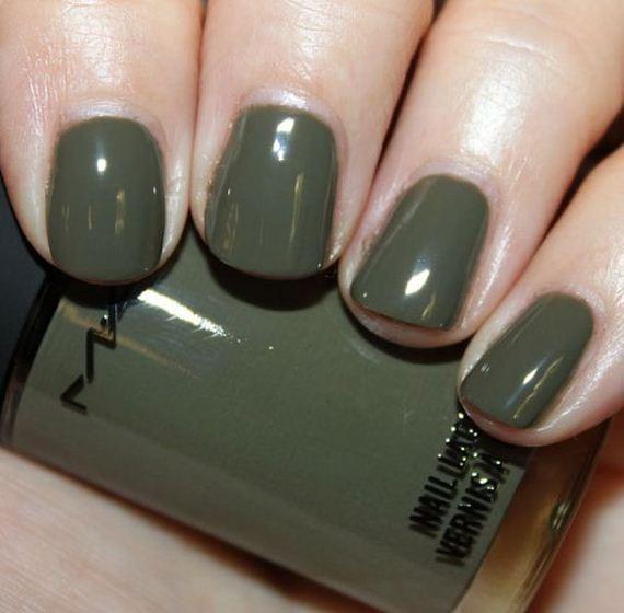 04-fall-nail-color