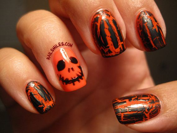 04-halloween-nail-manicures