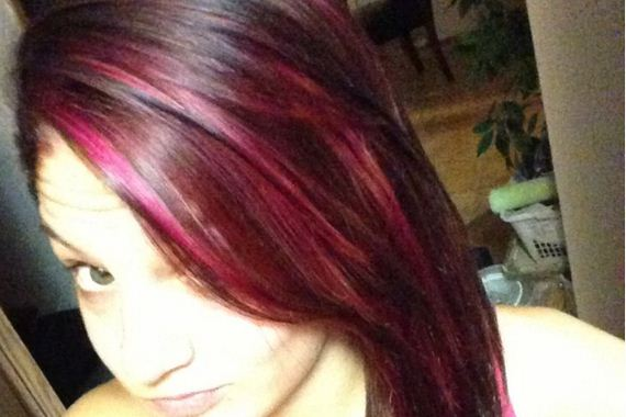 04-pink-streaks-in-brown-hair