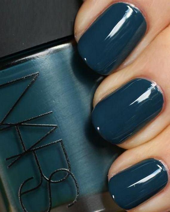 06-fall-nail-color