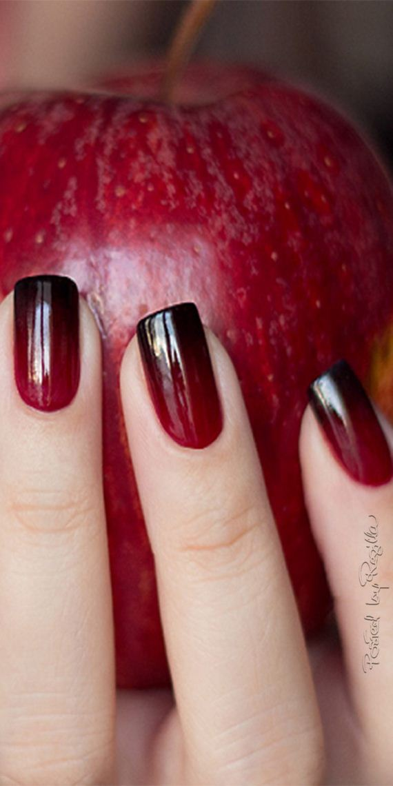 07-halloween-nail-manicures