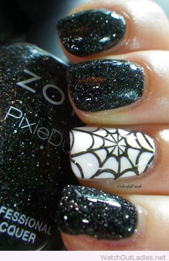 10-halloween-nail-manicures