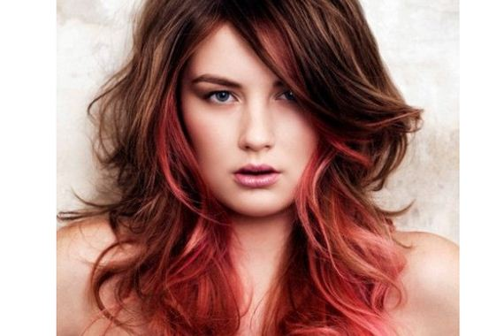 10-pink-streaks-in-brown-hair