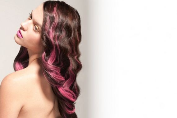 11-pink-streaks-in-brown-hair