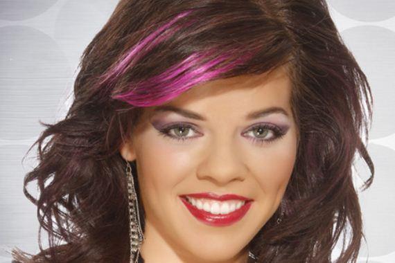 15-pink-streaks-in-brown-hair