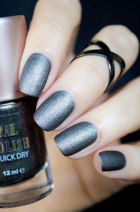 23-fall-nail-color