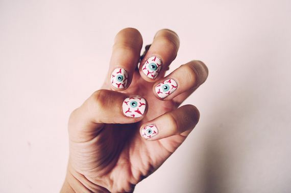 23-halloween-nail-manicures