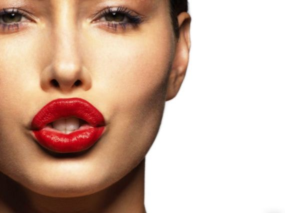 02-magical-red-lipstick