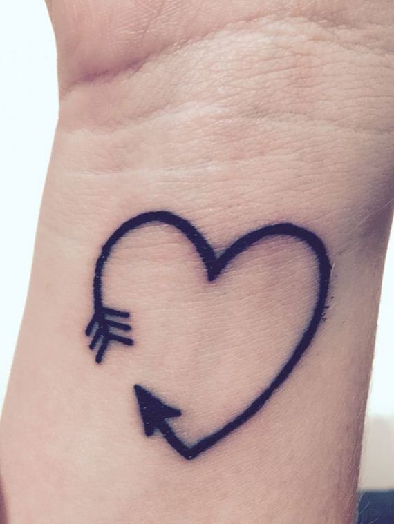 09-amazing-arrow-tattoos-female