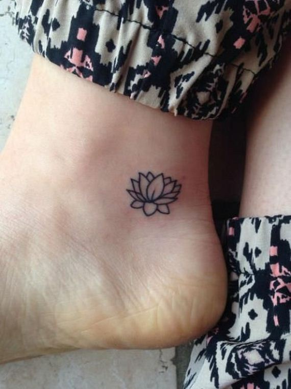 09-tiny-tattoos-you-cant-wait-to-have