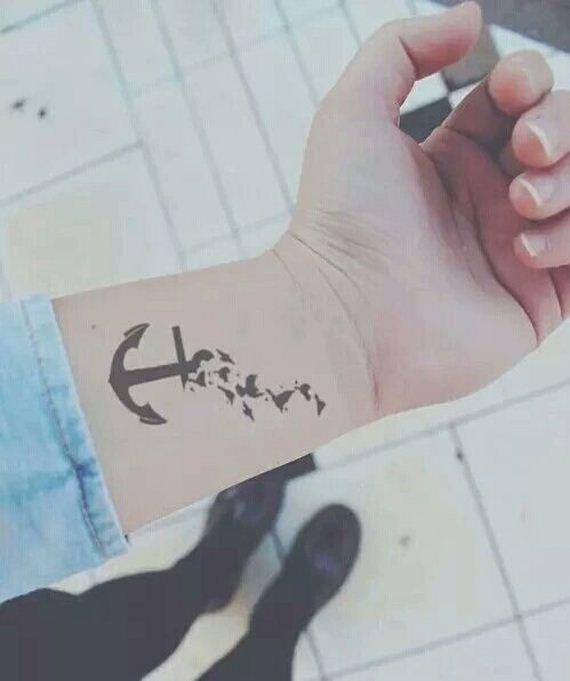 10-cute-anchor-tattoos